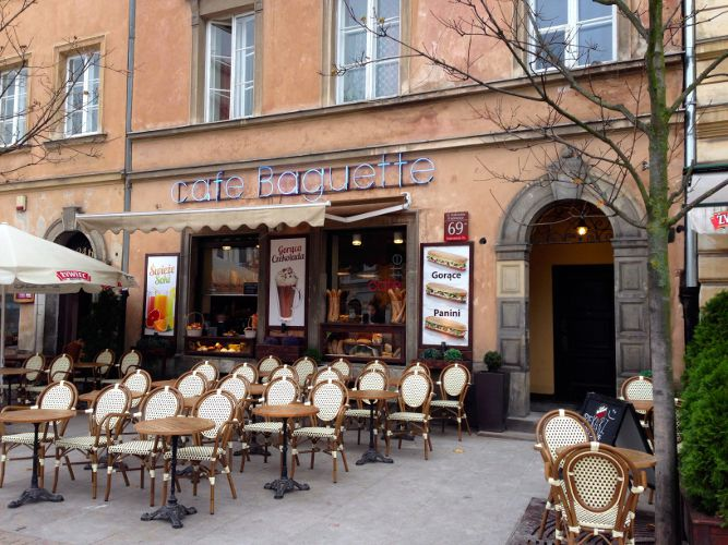 Café Baguette von draußen